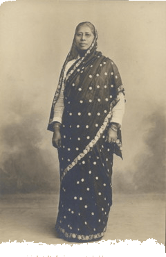 19th Century Indian women wearing saree